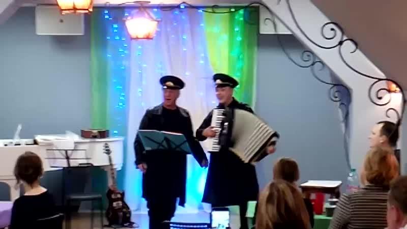 Песня о Сталине исп. Р.Попов и А.Пономарёв