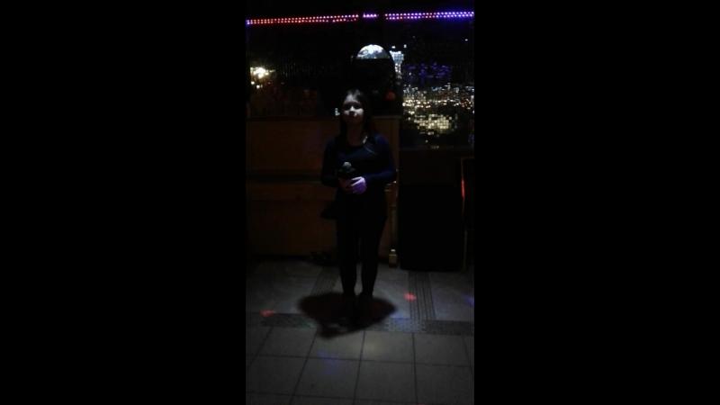 Танцы на стёклах
