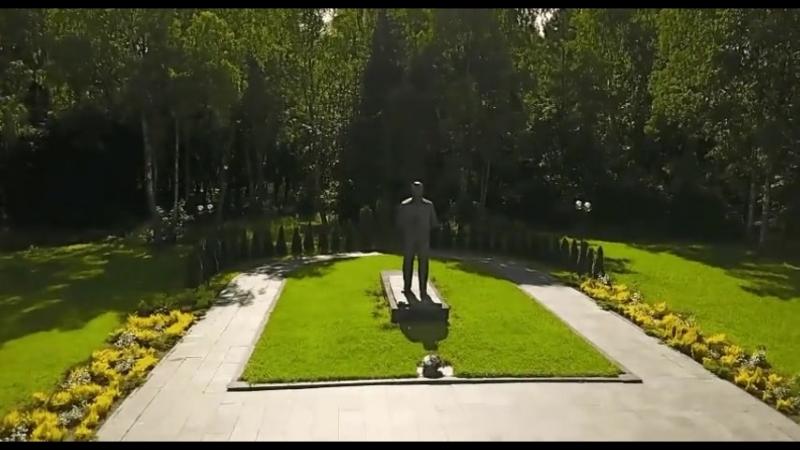 Памятник Гагарину Ю А в Звёздном городке