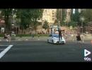 прыгнул на полицейскую машину побег от полиции