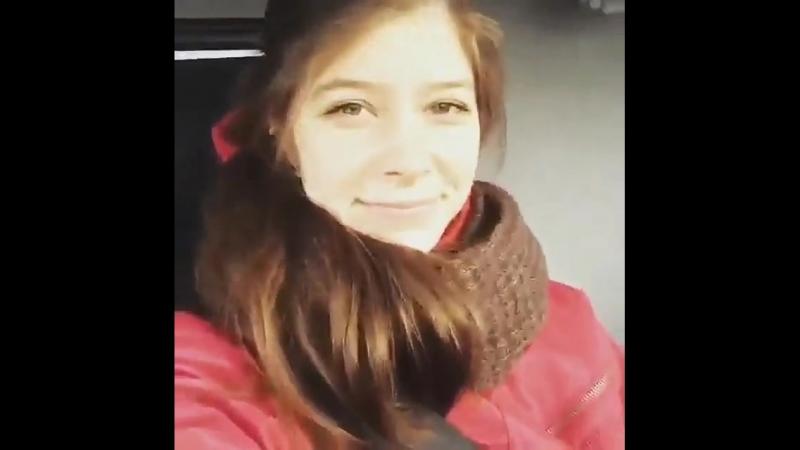 Девушка за рулем КАМАЗА