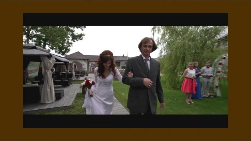 Самые искренние чувства в свадебный день. Ваше видео может быть таким же стильным. Закажите съемку у Bиктopа Салeeва, запись на