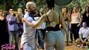 Вау ! Впервые в Мире!! .Атака и Алемана танцуют под русские народные !! Это - ФУРОРРРРР!!