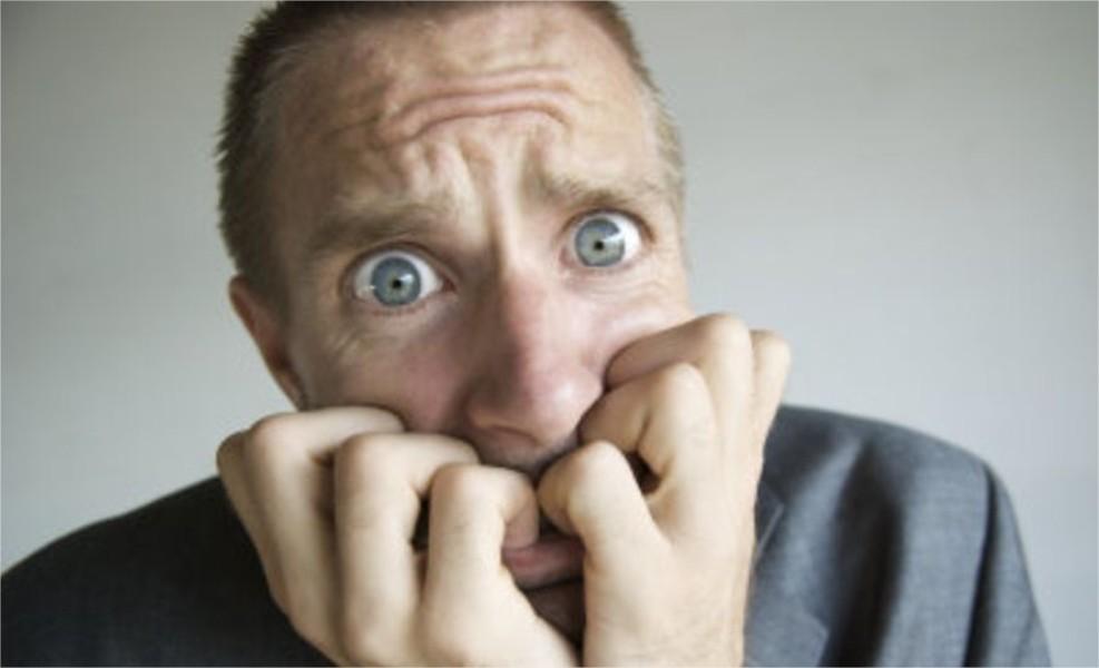Биполярный II создает состояния крайней депрессии и тревоги.