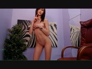 Webcam girls solo [amateur brunette skinny tits porn nude strip любительское худенькая брюнеточка разделась]