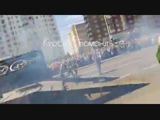 Видео падения танка Т-34 на проспекте Победы. 23.08.2018