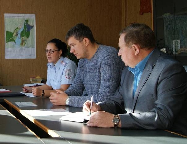 Сотрудники полиции организовали встречу с представителями общественных объединений