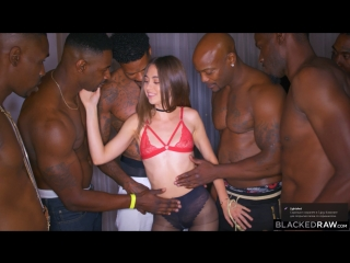 Riley Reid (Girlfriend Gangbang At The After Party)[2018, Double Penetration,Anal,Gangbang,Orgy,Squirting,Interracial, HD 720p]