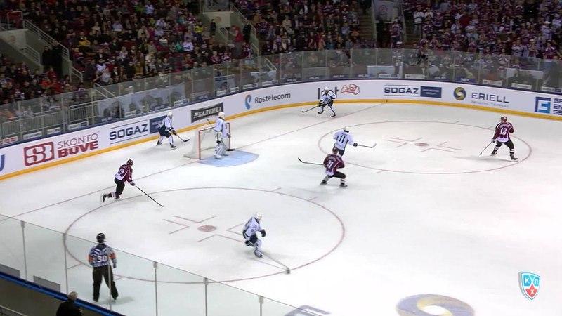 Моменты из матчей КХЛ сезона 14/15 • Гол. 4:0. Кулда Эдгарс (Динамо Р) увеличивает преимущество в счете 27.10