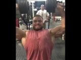 Chris Bumstead - Traning Shoulder