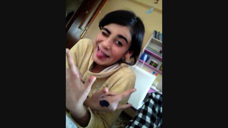 Melike Ayar — Live