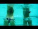 Танец тверкинг в бассейне Мокрые попки