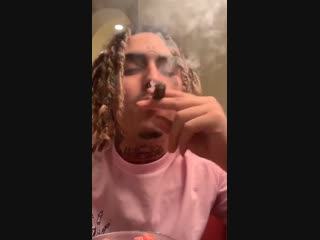 Smoke + eat by lil pump.