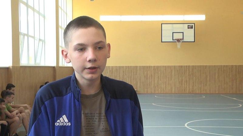 Баскетболісти клубу «Дніпро» провели майстер-клас в осучасненій Солонянській школі №1