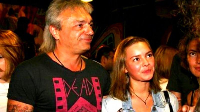 Папина дочка: наследница Константина Кинчева взорвала Сеть своим вокалом