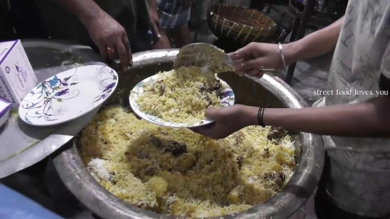 Huge Selling of Biryani Kolkata Zakaria Street Food