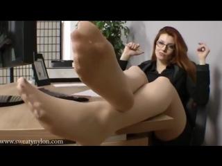 Goddess Victoria Foot POV Pantyhose