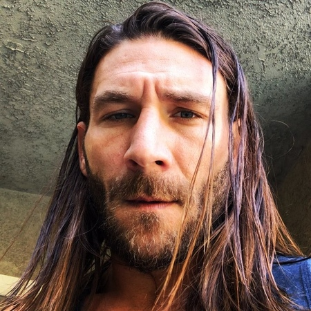 """Zach McGowan on Instagram: """"I am coming back down to Oz Nov 2-4 in Adelaide and Nov 9-11 in Brisbane for @supanovaexpo so come say hi! ✌🏽❤️🍻"""""""