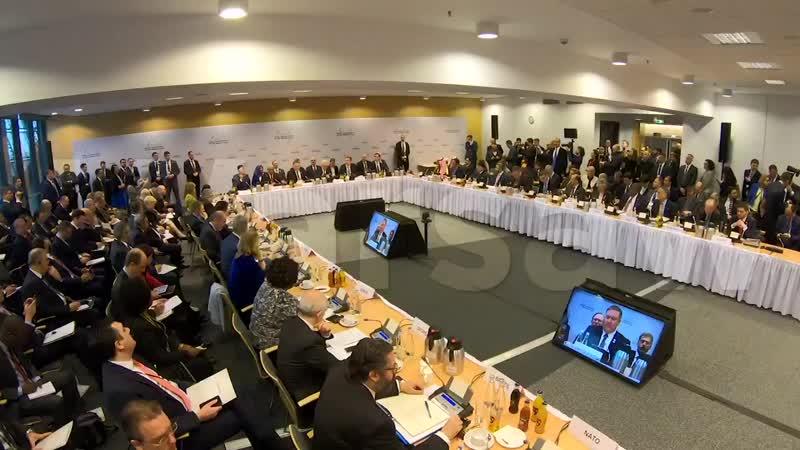 Майк Помпео на Совещании министров по Ближнему Востоку 13-1402 в Варшаве США остаются лидером в сфере обеспечения безопасности