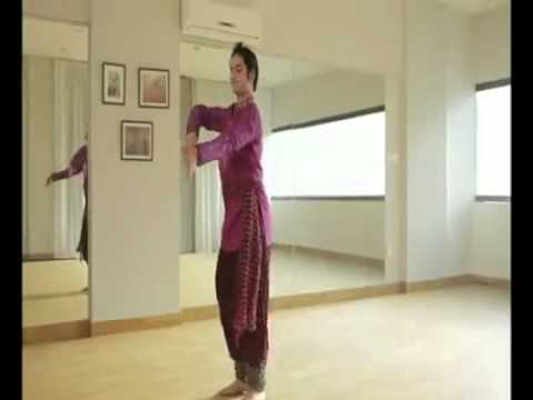 Umair arif Introductory Kathak performance Step by Step (Pakistan)