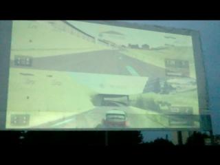 Gran Turismo 5 на экране, высотой в 3 автобуса. Автокинотеатр Casablanca_ptz