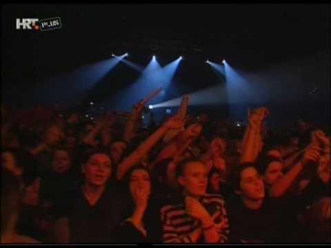 Crvena Jabuka Sad je srce stijena live Dom Sportova 1996