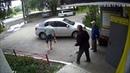 Подонок напал на пенсионеров и разбил ветерану голову