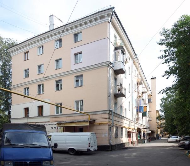 Отреставрировали дом, но сохранили испорченный фасад — идеальная иллюстрация коррупции в Нижнем Новгороде.