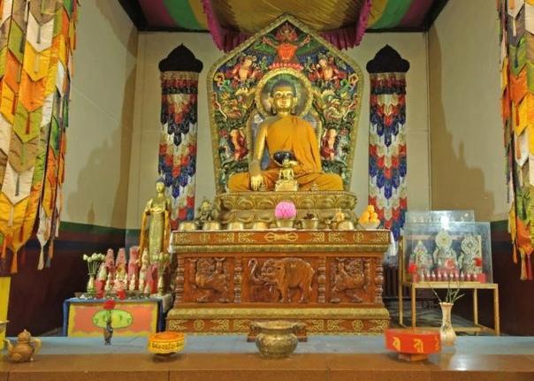 Православие и буддизм: отношение и мнение о религии