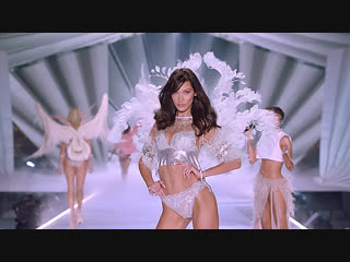 Victoria's Secret Fashion Show 2018 Highlights