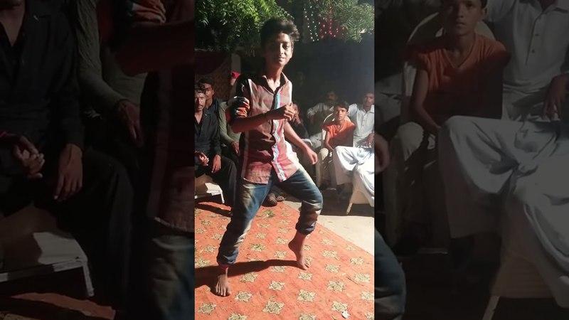 Mehndi Dance Performance Pakistani Wedding 2018 | Break Dance Remix | Fast World