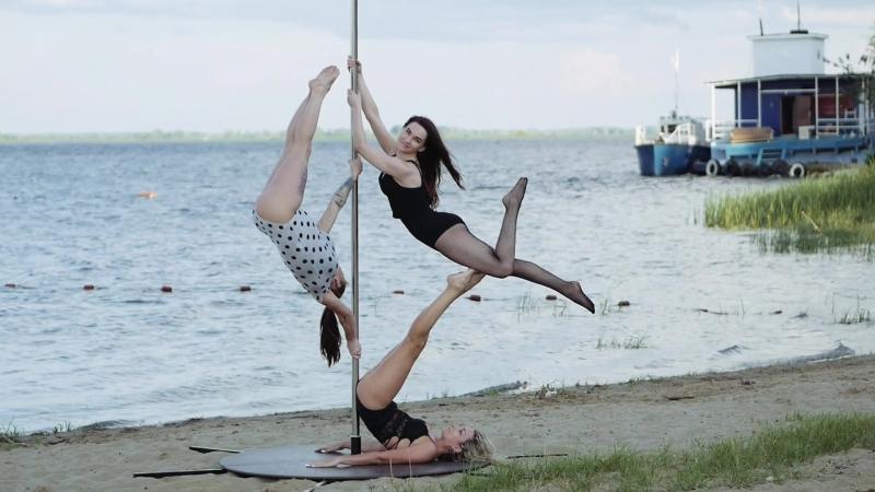 Backstage poledance exoticpoledance