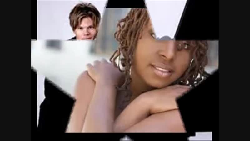 Brian Culbertson - The World Keeps Going Round (Feat. Ledisi)