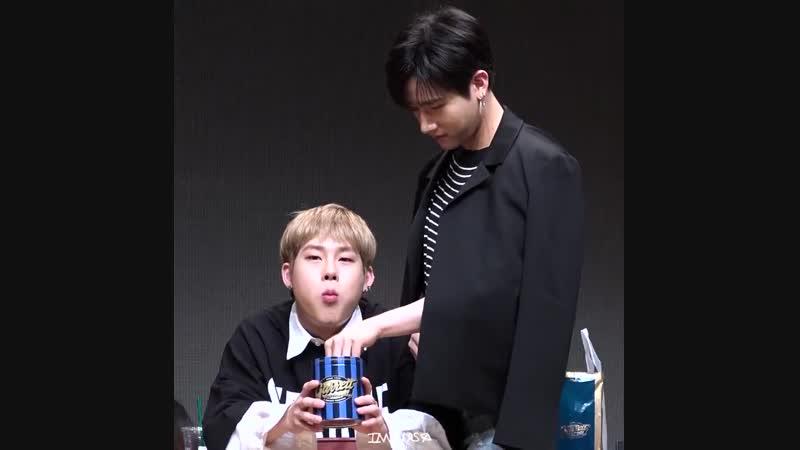 [VK][180513] MONSTA X fancam (Jooheon I.M focus) @ Yongsan fansign