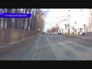 Видеорегистратор. ДТП на Преображенской - Ауди, скутер и пешеход.