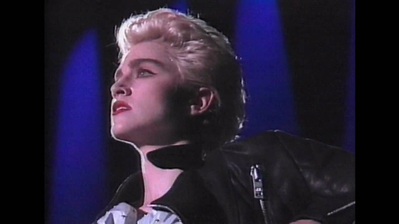 PAPA DONT PREACH-MADONNA WHOS THAT GIRL-MITSUBISHI SPECIAL LIVE IN JAPAN