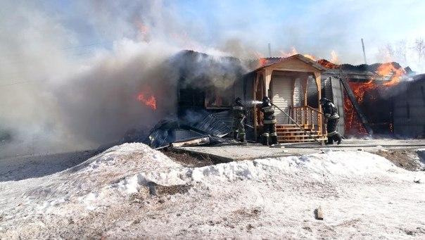 Гаражный бокс и административное помещение сгорели в Железнодорожном