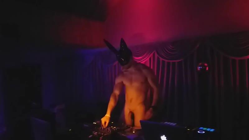 PoTemkin Club Naked DJ