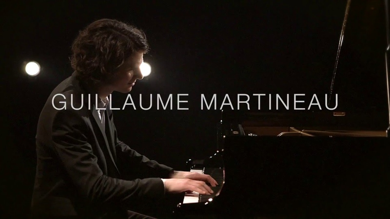 Guillaume Martineau improvise à bord de son piano rêveur
