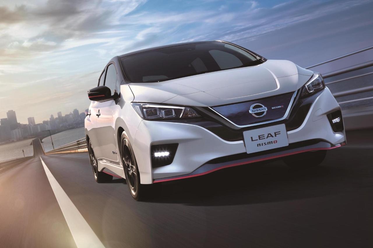 Nissan представил серийную версию «горячего» электрохэтчбека.