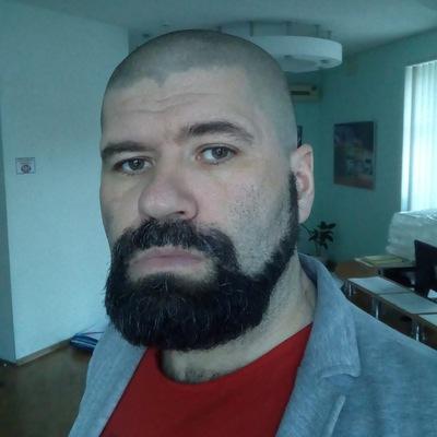 Роман Головин