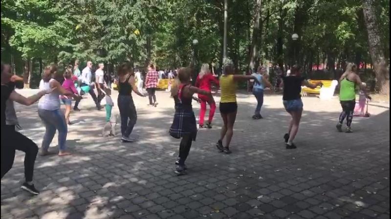 зумба в парке (2)