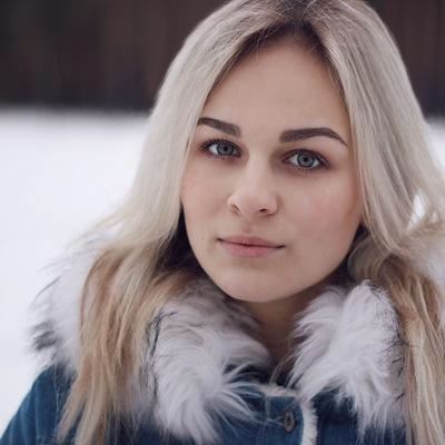 nastya-daet-tolko-v-vaginu-foto-porno-onlayn-negr-trahaet-hudenkuyu