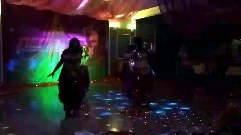 Танец с веерами и вейлами Группа Восточные амазонки на восточной вечеринке в ТЦ Легенда 29 04 18