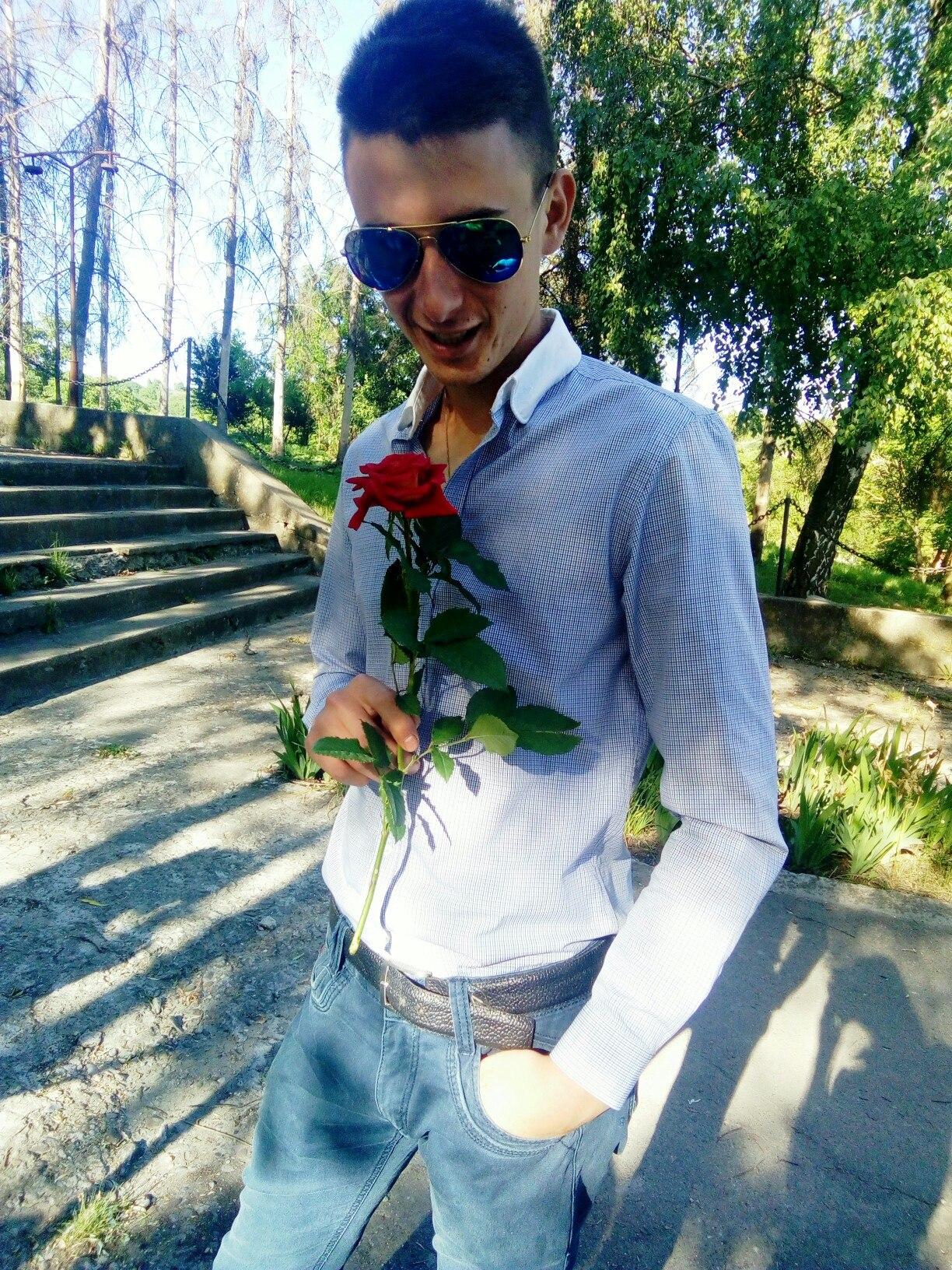 На Украине не вышел из комы юноша,