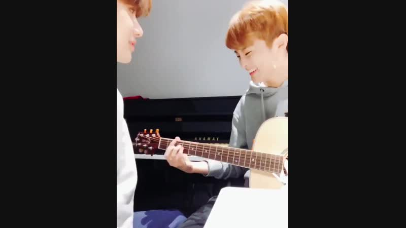 When our Jungwoo didnt know Marks station song Lemonade Love when he wanted to play it on guitar It was so epic HAPPYJUNGW