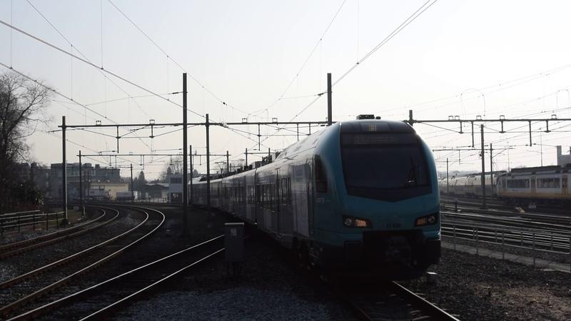 Eurobahn Flirt ET 4.02 komt aan in Hengelo
