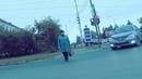 Мать Терминатора? опять на красный теперь пешеход г.Омск Город глазами велосипедиста 193