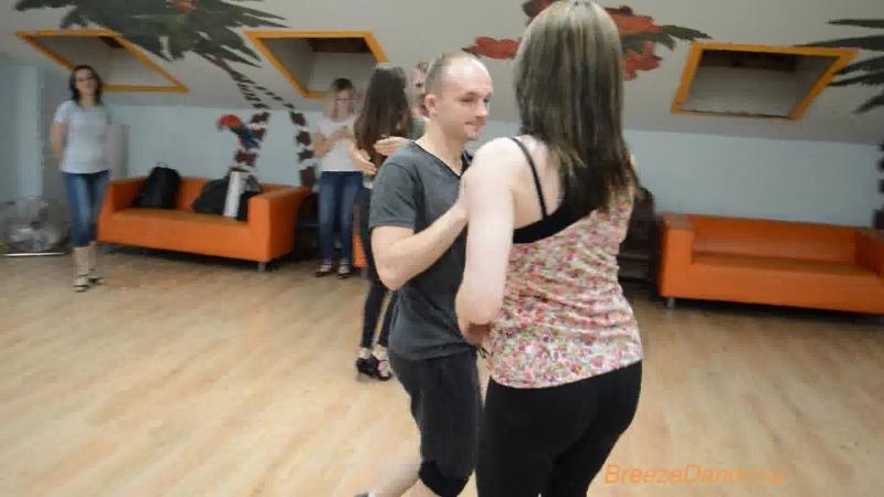 Поздравляем Алексея и Снежану с годовщиной в школе танцев Breeze Dance-танцуйте с удовольствием))