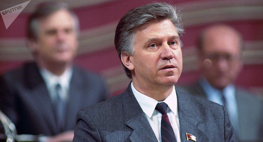 Умер бывший министр экономики России Олег Лобов